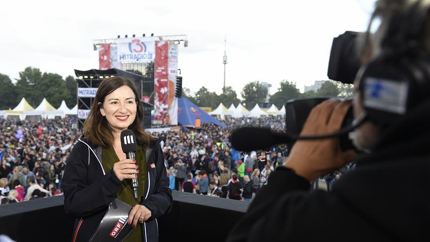 Ani Gülgün-Mayr berichtet auch heuer live vom Donauinselfest