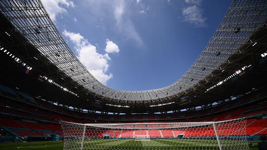 Das Bild zeigt das Innere der Puskas Arena in Budapest am 18. Juni 2021, einem Austragungsort der Fußballmeisterschaft UEFA EURO 2020.